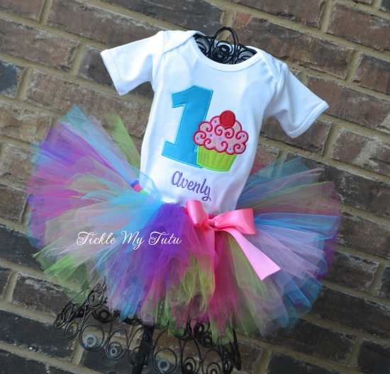 "Cupcake Swirl ""Avenly"" Birthday Tutu Outfit"