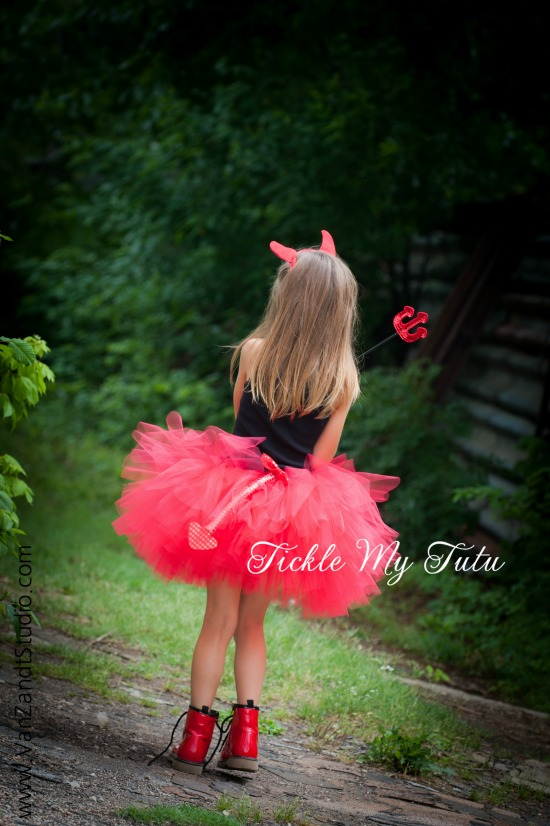 Diva Devil FOUR PIECE Tutu Halloween Costume