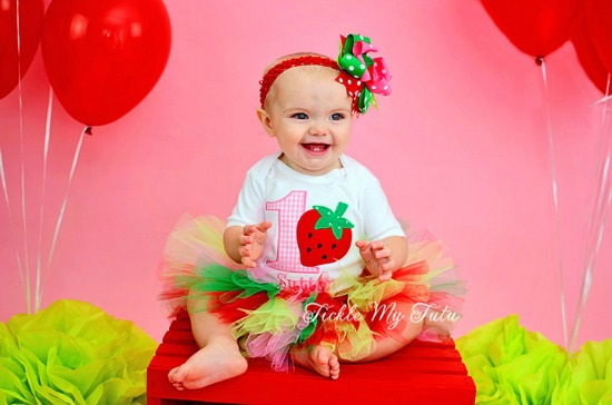 Strawberry Sweetheart Birthday Tutu Outfit (Pink Number)